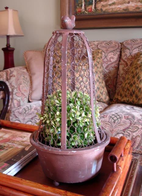 WorthingCourt.blogspot.com: Wire Cloche