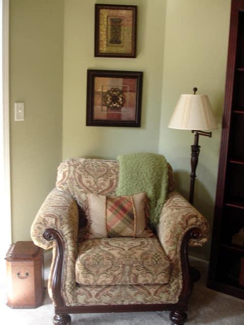WorthingCourt.blogspot.com: Living Room