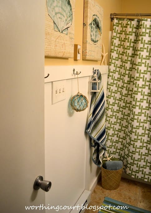 Beachy bathroom via Worthing Court blog-004 (1)