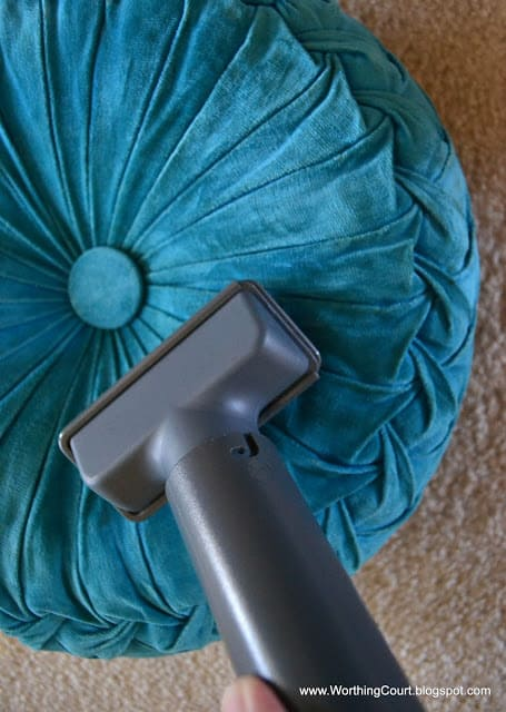How I cleaned an antique velvet pillow via Worthing Court blog
