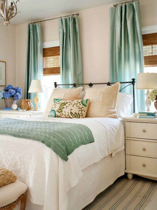 Loads of tips for how to organize, decorate and add style to a small bedroom.