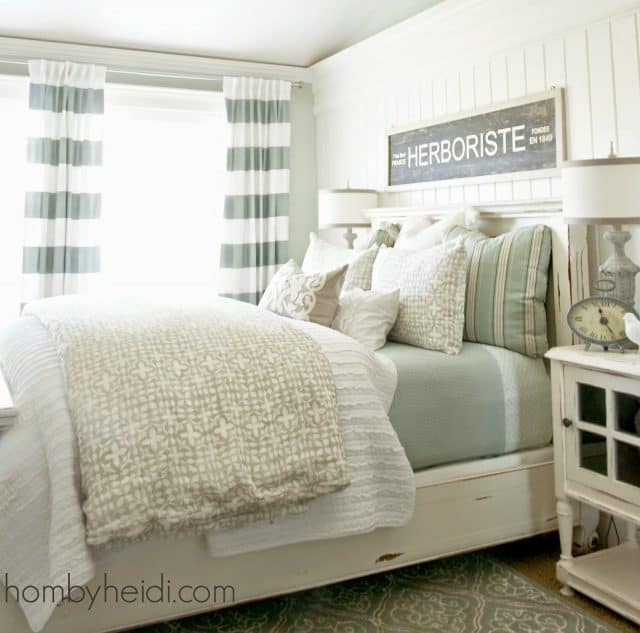 Loads of tips for how to organize, decorate and add style to a small bedroom. If you must have patterned bedding, keeping it subtle and not overly large will cut down on the busy look. This is a wonderful mix of patterns, solids and colors.
