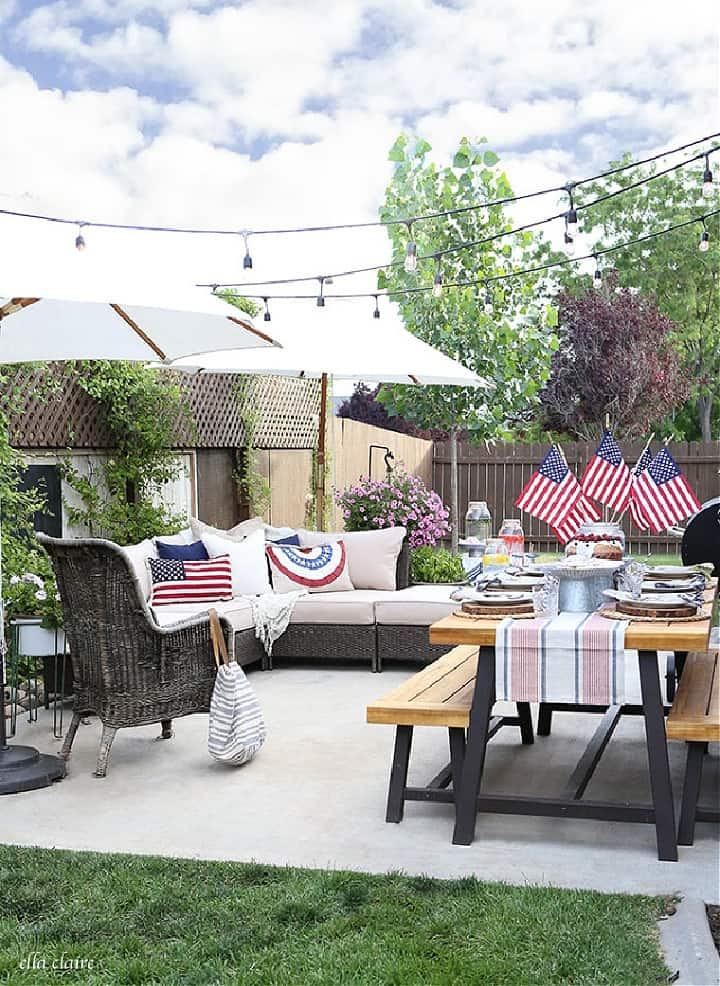 outdoor entertaining space with patriotic decor
