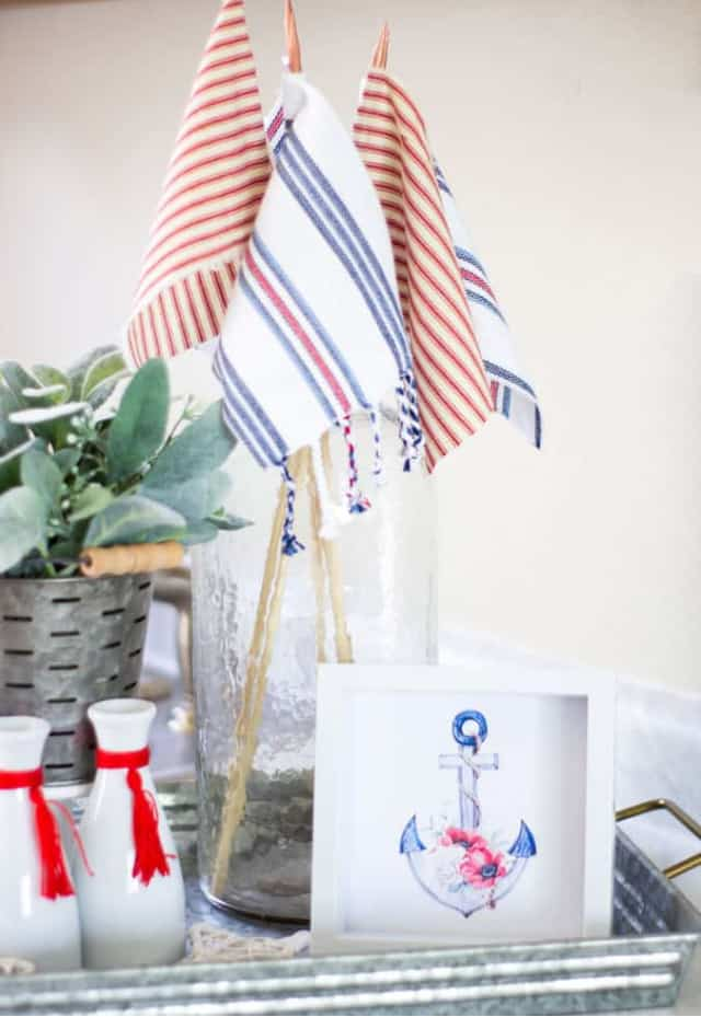 vignette with red white and blue decor