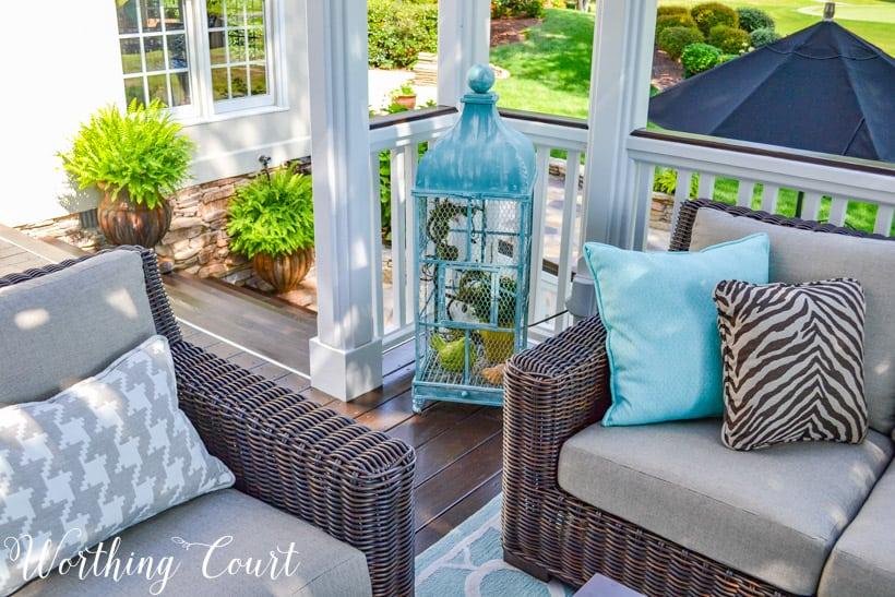beige and aqua deck furniture and decor