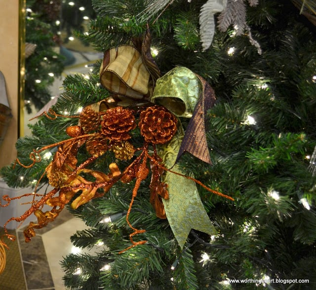 how to: step-by-step designer's christmas tree decorating