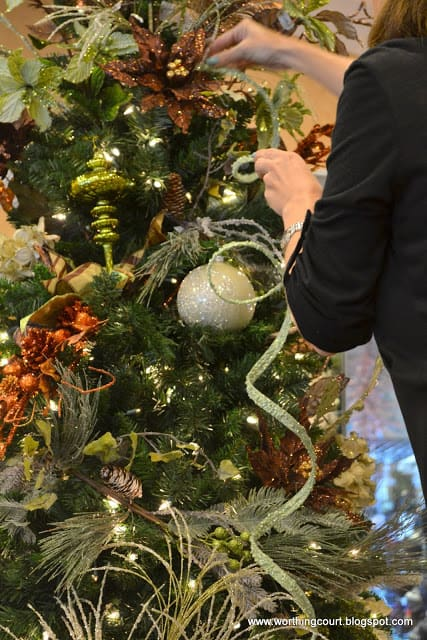how to decorate a christmas tree via worthing court blog - How To Decorate A Designer Christmas Tree