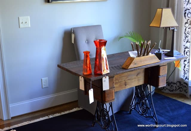 office desk using an old singer sewing machine cabinet for the base via Worthing Court blog