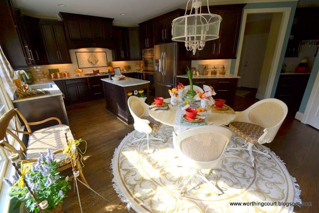 kitchen with dark cabinets via Worthing Court blog