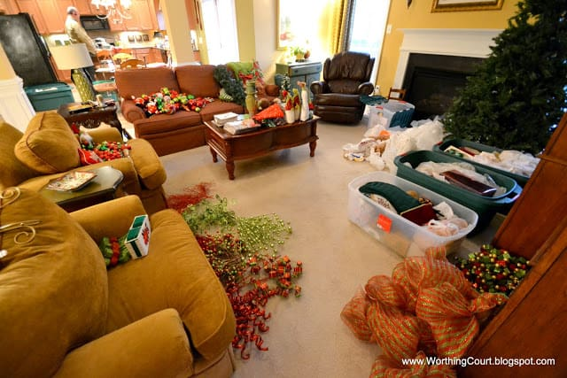 How to organize Christmas decorations via Worthing Court blog