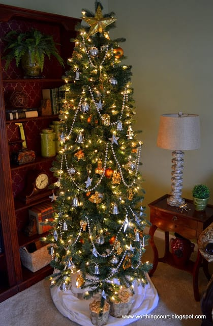 Christmas tree via Worthing Court blog
