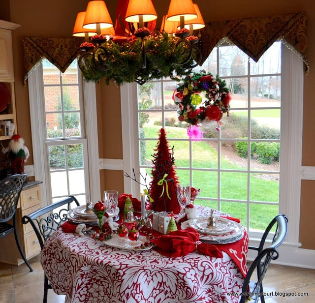Kitchen Decorated For Christmas: Christmas In Nancy's Dining Room And Kitchen