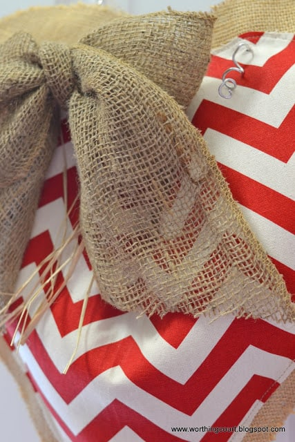 Worthing Court: diy burlap and chevron Valentine's decoration