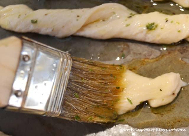 WorthingCourt.blogspot.com: Easy Herbed Breadsticks Recipe