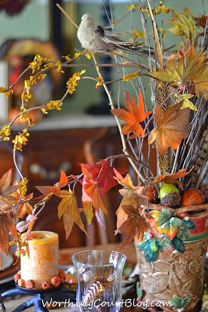 Worthing Court: Woodland Inspired Thanksgiving Tablescape Centerpiece