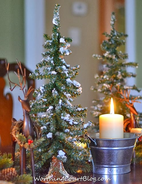 Worthing Court: Christmas centerpiece