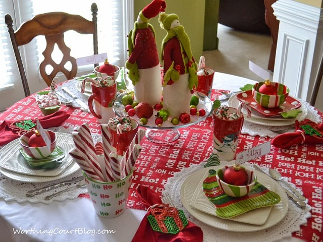 Worthing Court: Christmas tablescape