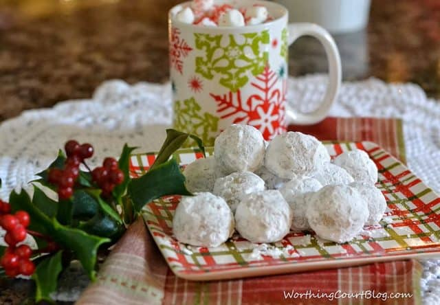 Christmas Cookie Recipe for Pecan Meltaway Balls
