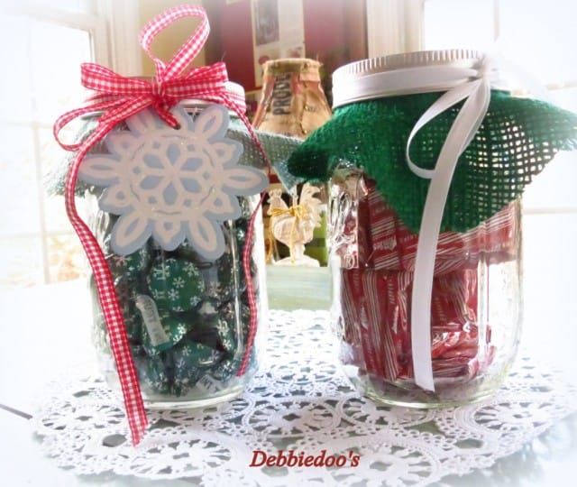 Debbiedoo's: Cute and easy Christmas mason jar gift