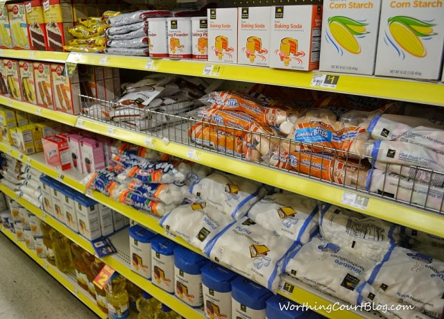 Food aisle in Dollar General