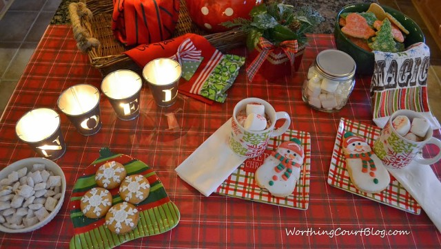 Worthing Court: Hot cocoa and cookie bar for Christmas using products from Dollar General