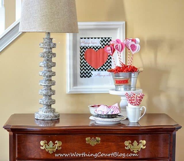 Foyer Valentine's vignette