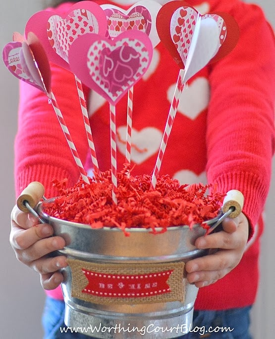 Worthing Court: How to make a Valentine's Day Sweetheart Bouquet craft