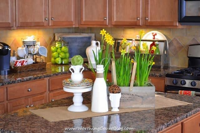 A bright kitchen spring vignette.