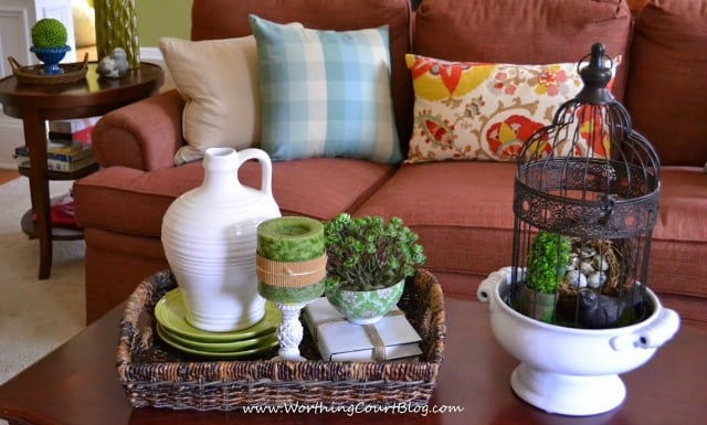 Spring Coffee Table Vignette - WorthingCourtBlog (6)