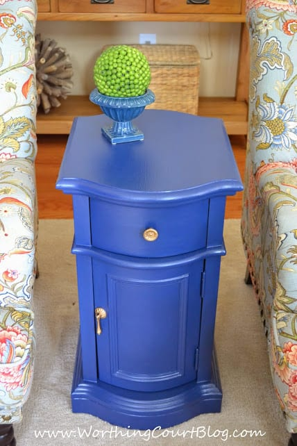 Table makeover using Annie Sloan Chalk Paint in Napoleonic Blue :: WorthingCourtBlog.com