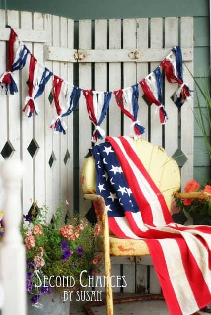 Easy patriotic bunting