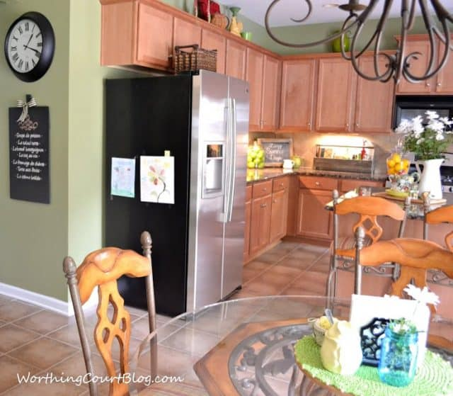 Kitchen with maple cabinets-003 (1)