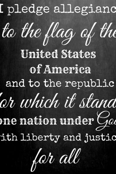 Free patriotic printable for July 4th - Pledge of Allegiance