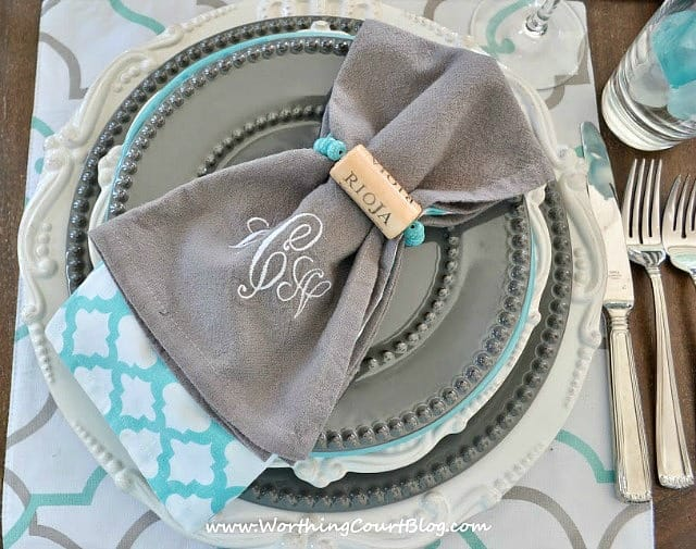 How to make wine cork napkins rings and bracelets || WorthingCourtBlog.com