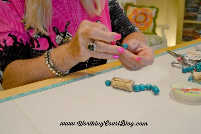 How to make wine cork napkin rings || WorthingCourtBlog.com