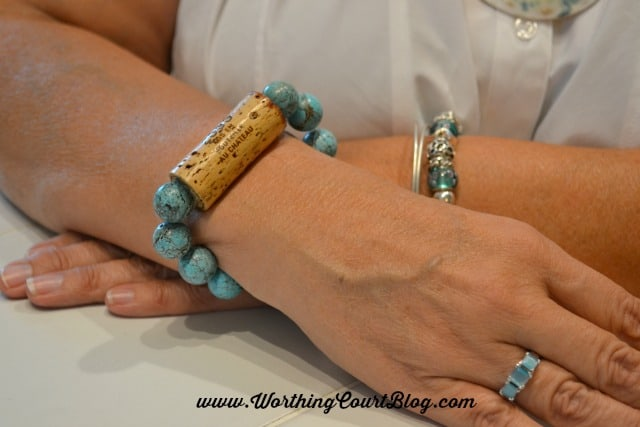 How to make wine cork napkin rings and bracelets || WorthingCourtBlog.com