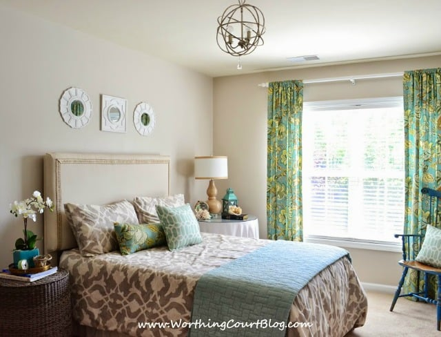 Neutral and aqua bedroom :: worthingcourtblog.com