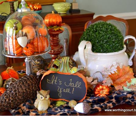 Fall dining room table centerpiece