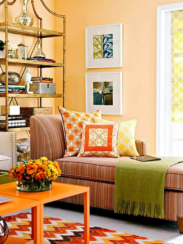 Ease into fall decorating by simply switching pillows for ones with fall'ish colors