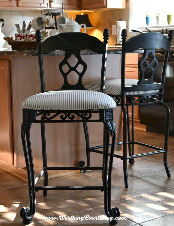 Kitchen chair makeover with black spray paint and black and white ticking fabric || WorthingCourtBlog.com