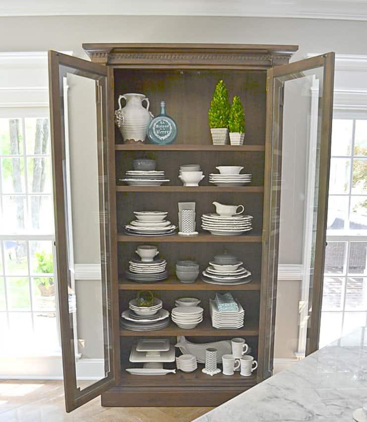Glass cabinet dish display