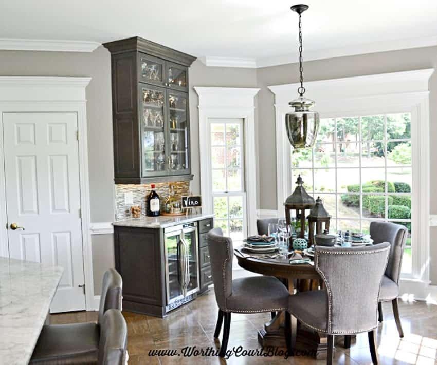 Kitchen wine bar and breakfast area || Worthing Court