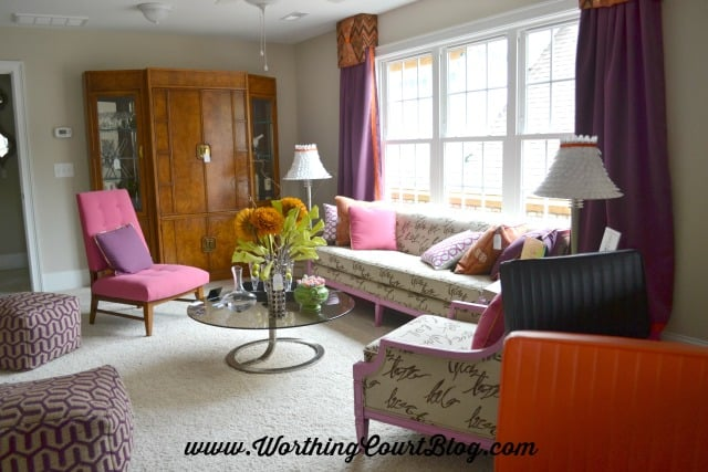 Bonus room with mid-century modern decor