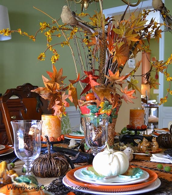 Woodland Inspired Thanksgiving tablescape with free place card printables and easy-to-made napkin rings