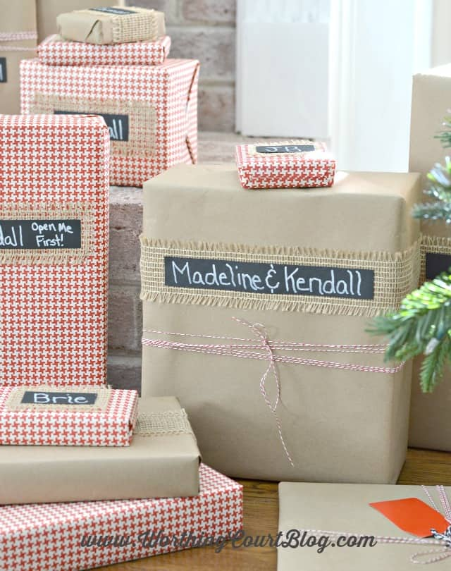 Wrap Christmas gifts quickly and easily with a minimum of supplies.