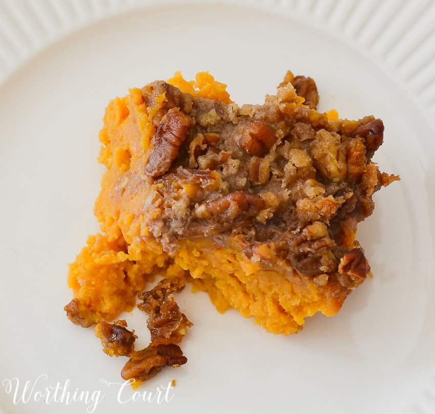 Crumbly topping on sweet potatos.