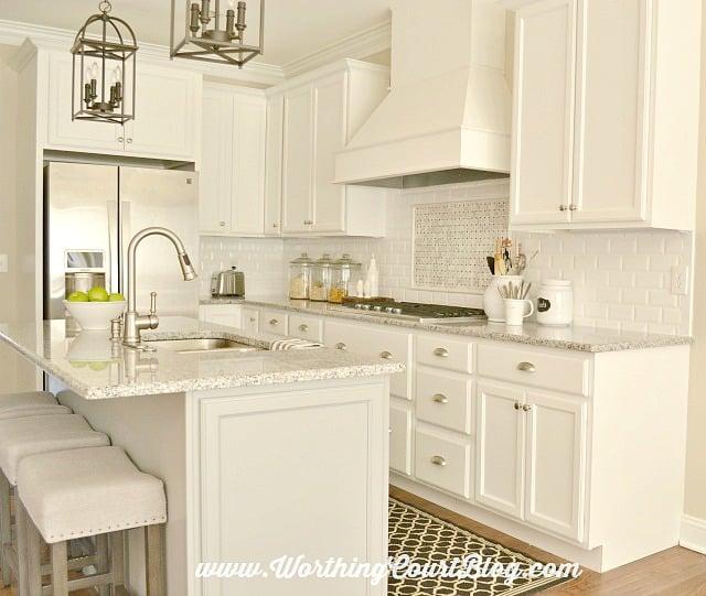 A classic kitchen backsplash