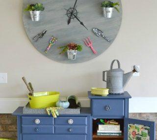 How To Make A {Faux} Garden Clock
