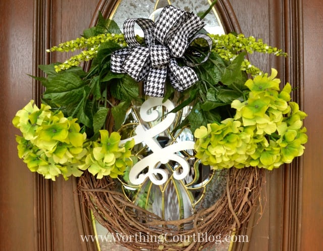 How to make an easy spring wreath in 10 minutes