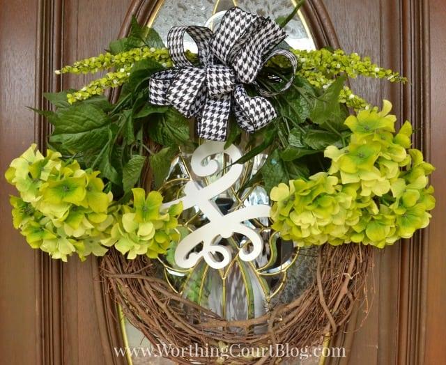 http://www.worthingcourtblog.com/2015/03/10-minute-diy-spring-wreath.html